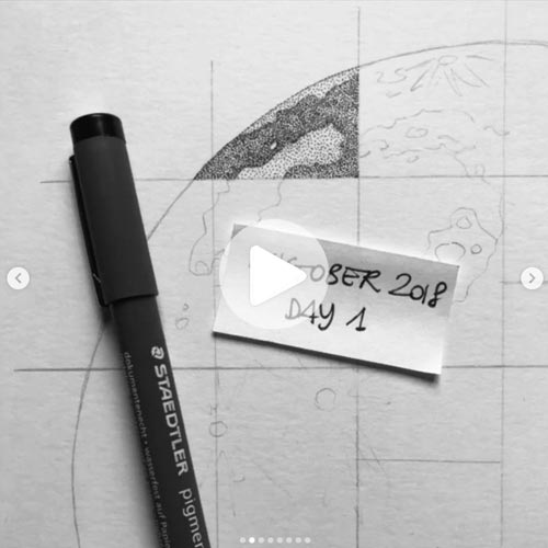 Disegnando la luna Inktober giorno uno